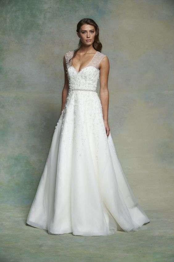 A Line Vs Ballgown Mon Amie Bridal Salon